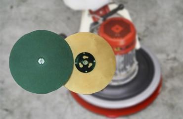 La monospazzola Maxititina e i suoi dischi, subito disponibili su Leggio Ferramenta